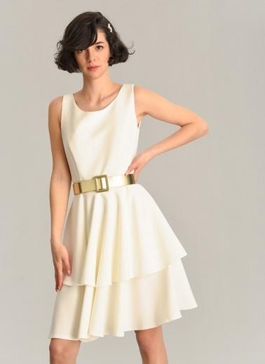 Agenda Kemer Detaylı Volanlı Elbise Beyaz